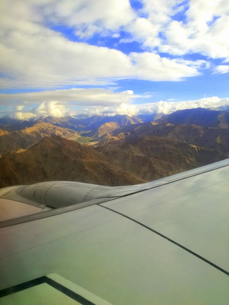best_airplane_view_to_the_himalayas