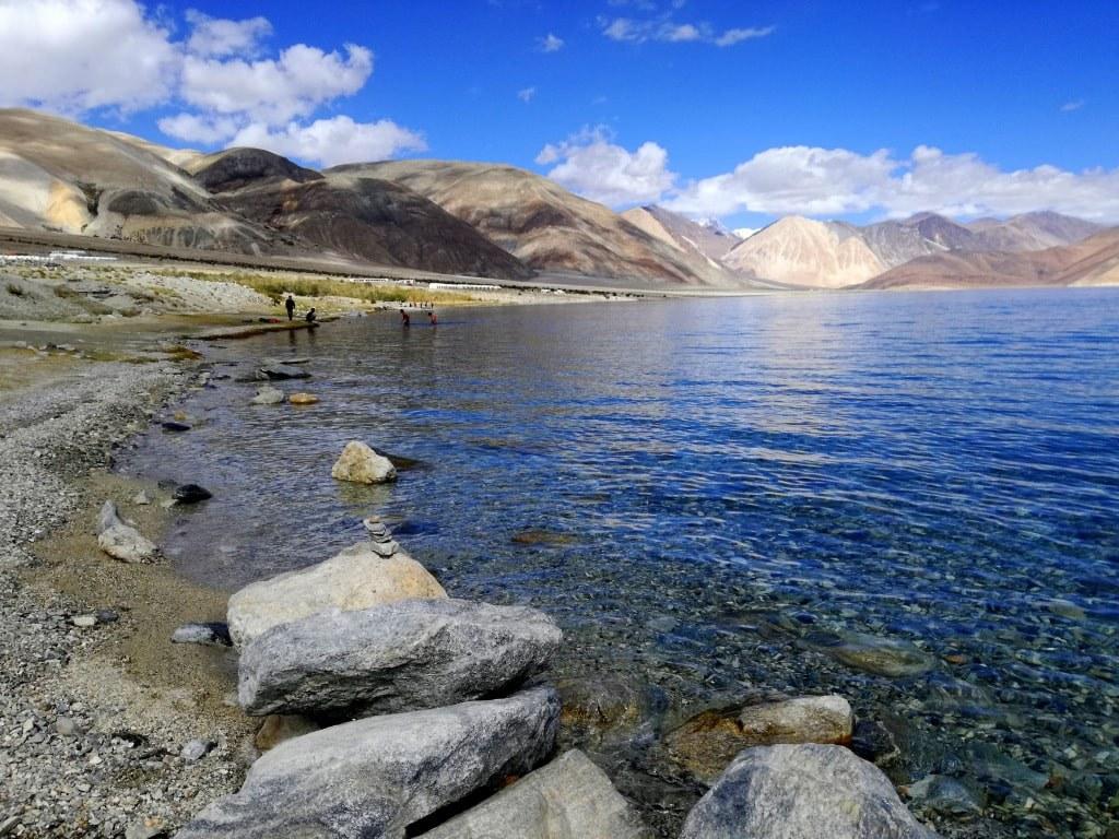 pangong_lake_in_the_himalayas