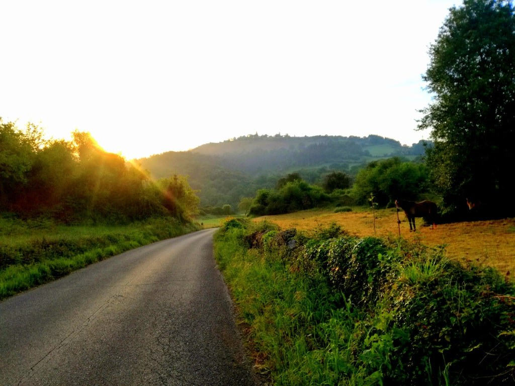 early_morning_sunshines_on_a_spanish_road