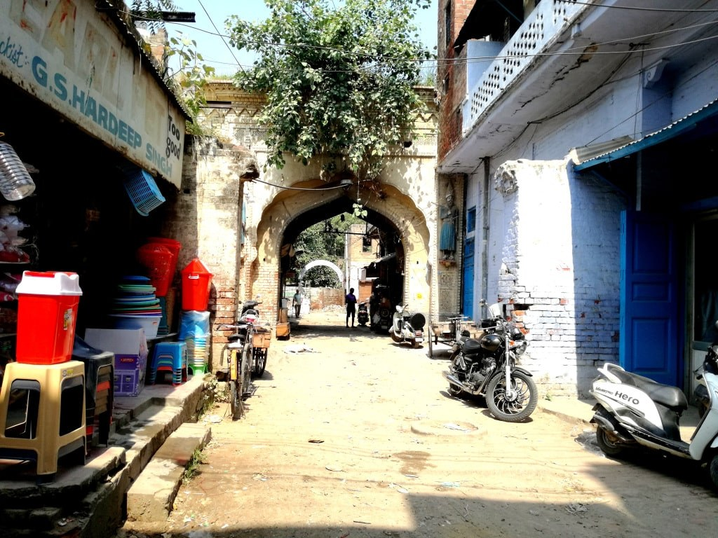 full_of_holes_street_outside_the_golden_temple_in_amritsar