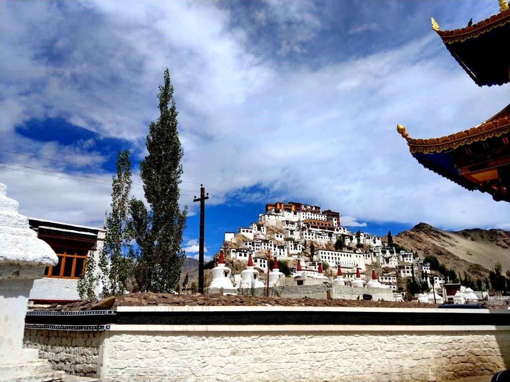 himalayan_white_monastery