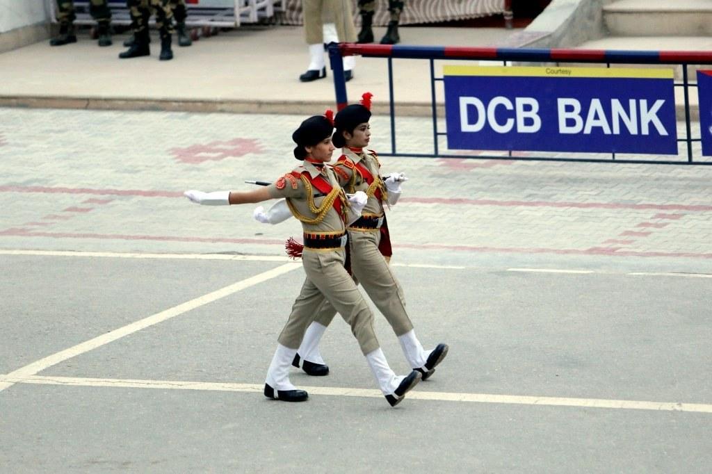 two_women_soldiers_walking