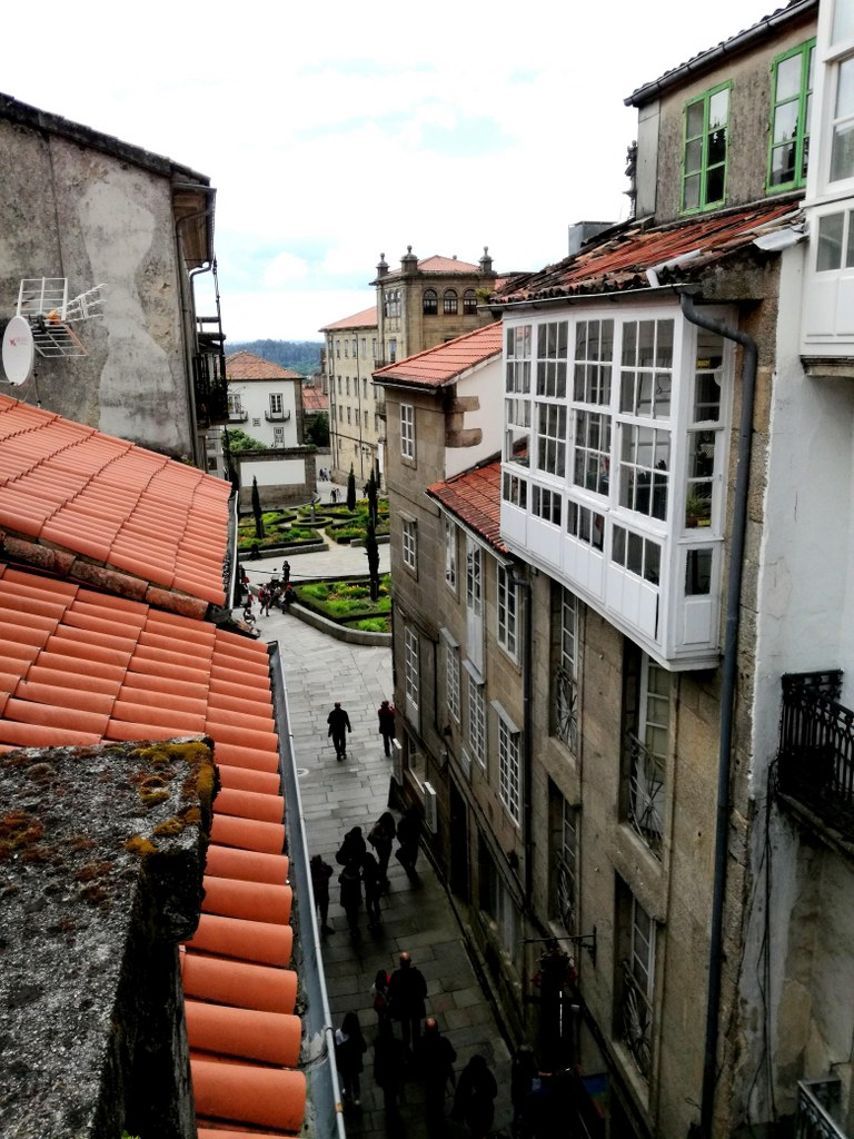a_roof_view_for_a_street_leading_to_the_main_cathedral_in_santiago_de_compostela