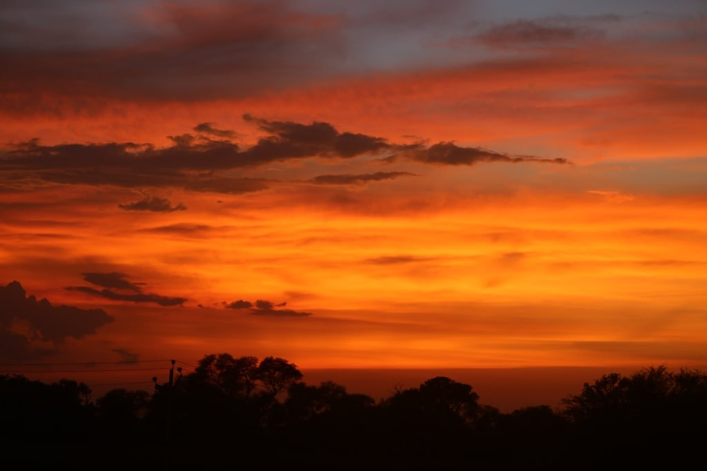 burying_sky_on_sunset