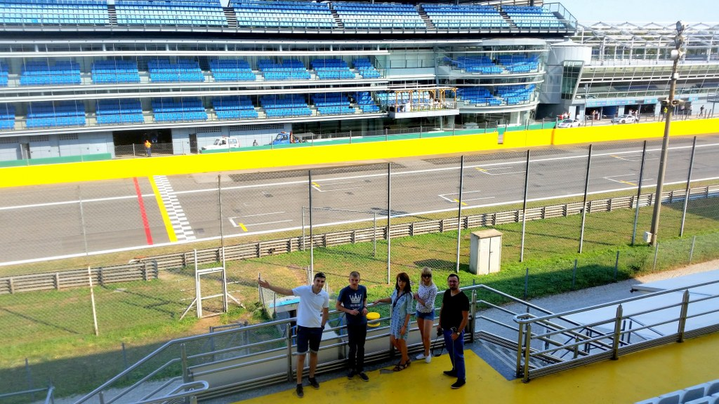 formula_one_race_track_in_monza_in_italy