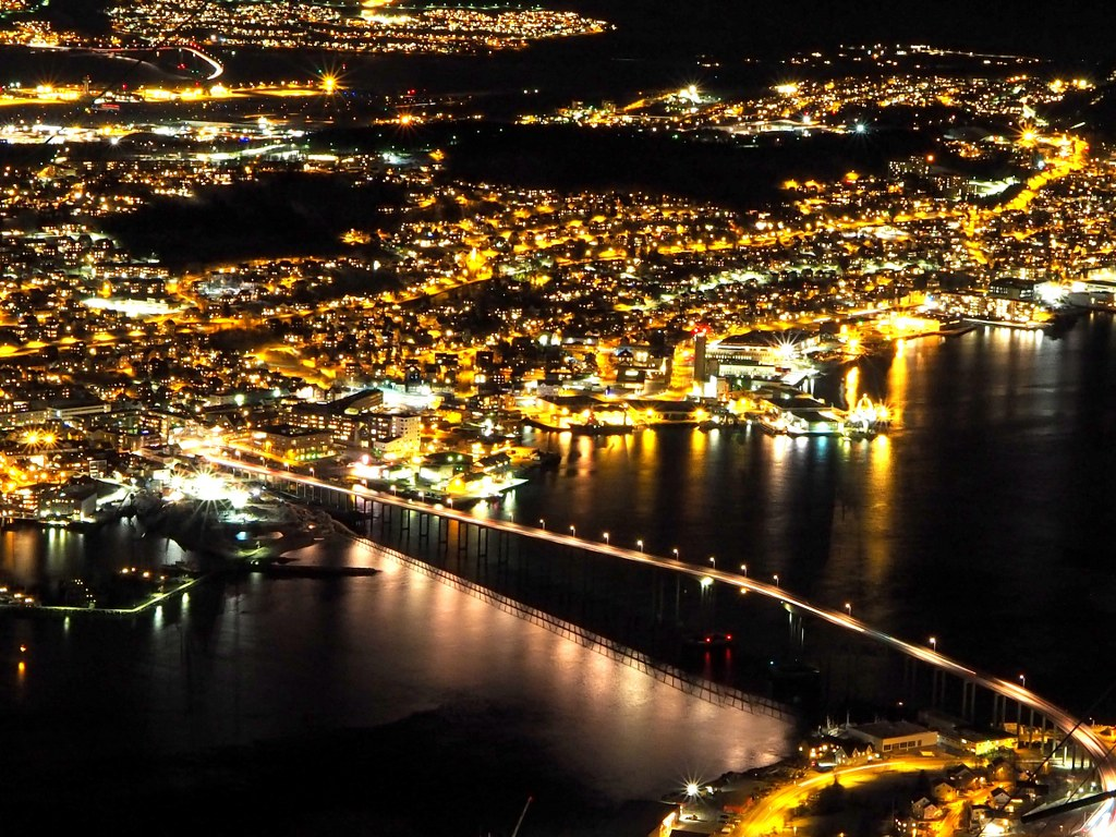 a_night_tromso_view_with_thousands_of_lights