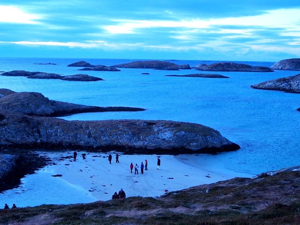 a_winter_norwegian_landscapre_with_few_tourists