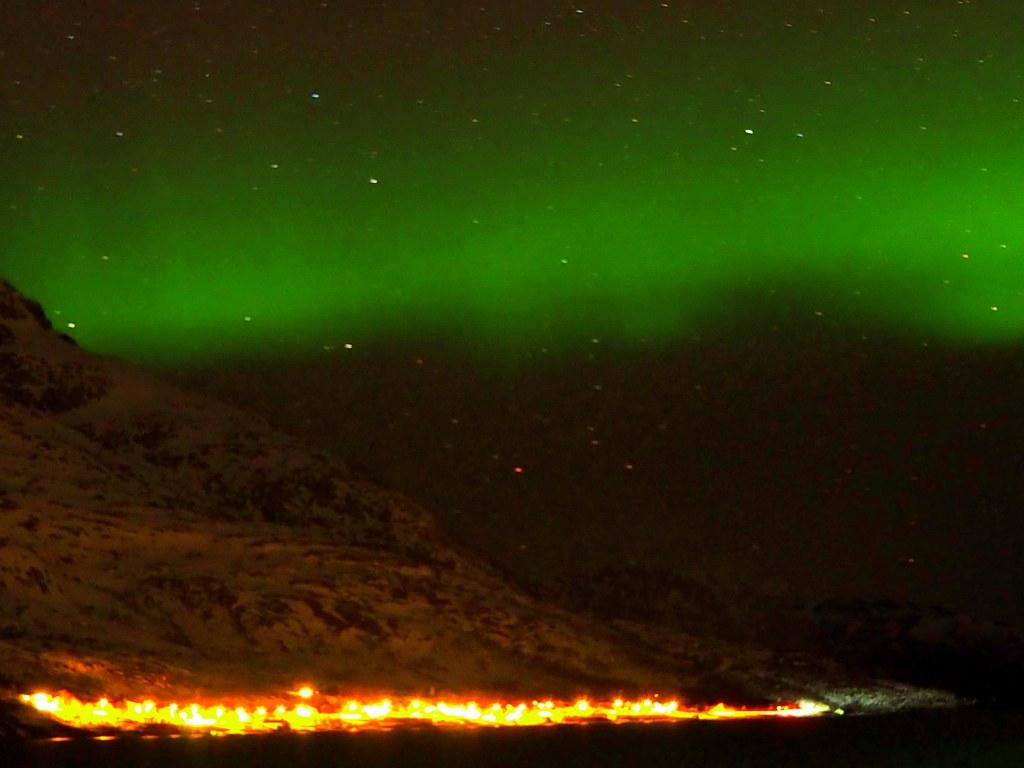green_reflexion_of_northern_light