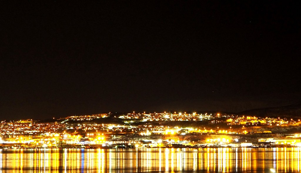 tromso_covered_wuth_thousands_of_lights