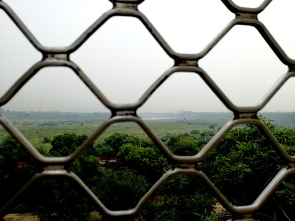 taj_mahal_viewed_from_the_red_fort_in_agra