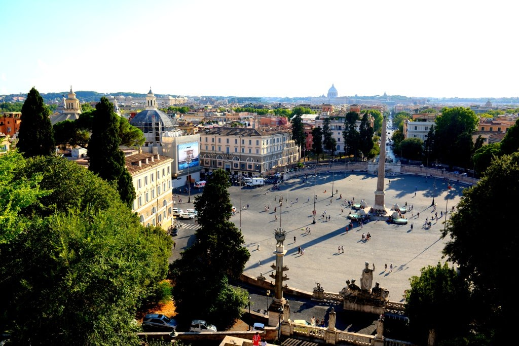 a_view_to_a_wide_square_in_rome