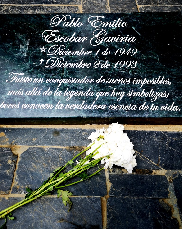 a_commerative_tombstone_of_pablo_escobar