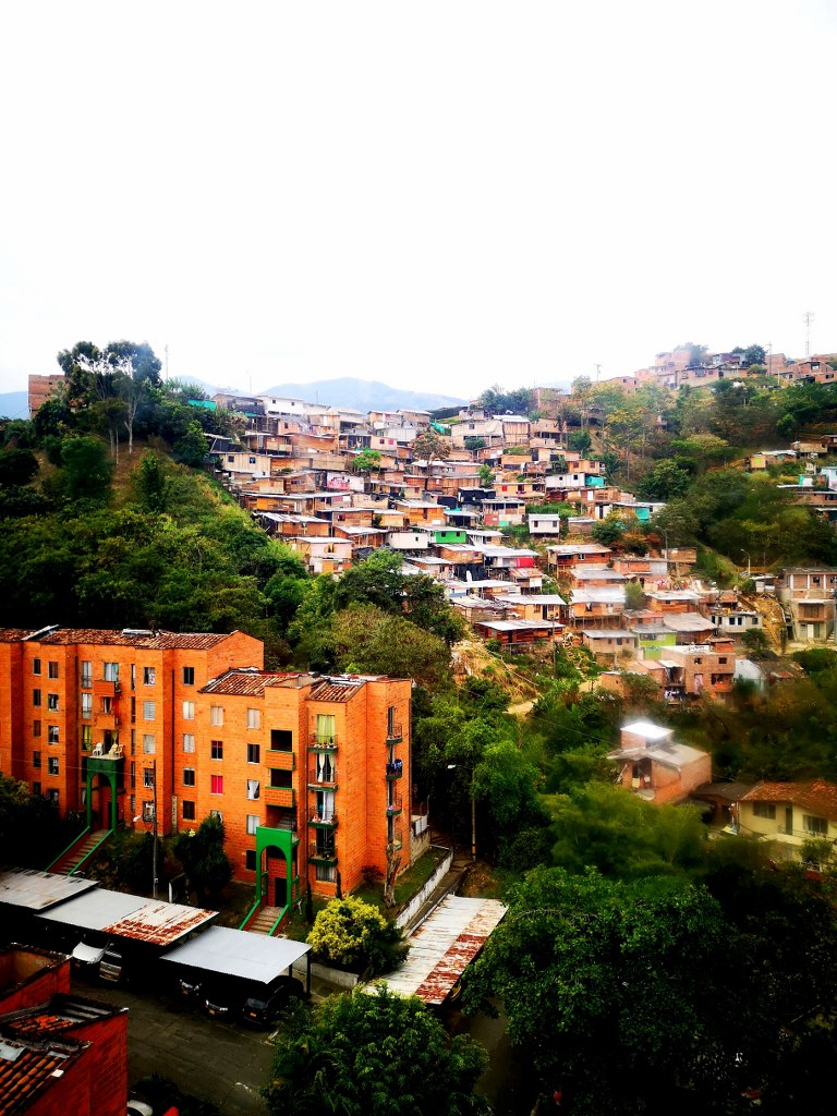 a_panorama_view_to_medellin