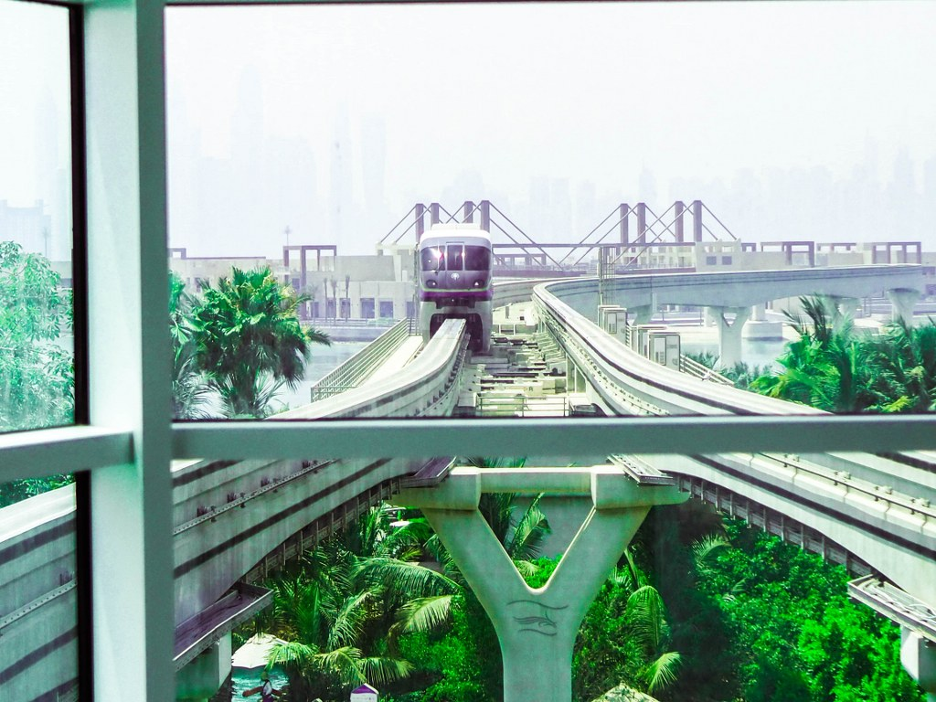 front_view_of_a_train_in_the_palm_tree_ara_in_dubai