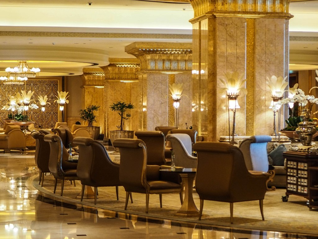 inside_of_the_most_exclusive_hotel_in_the_world
