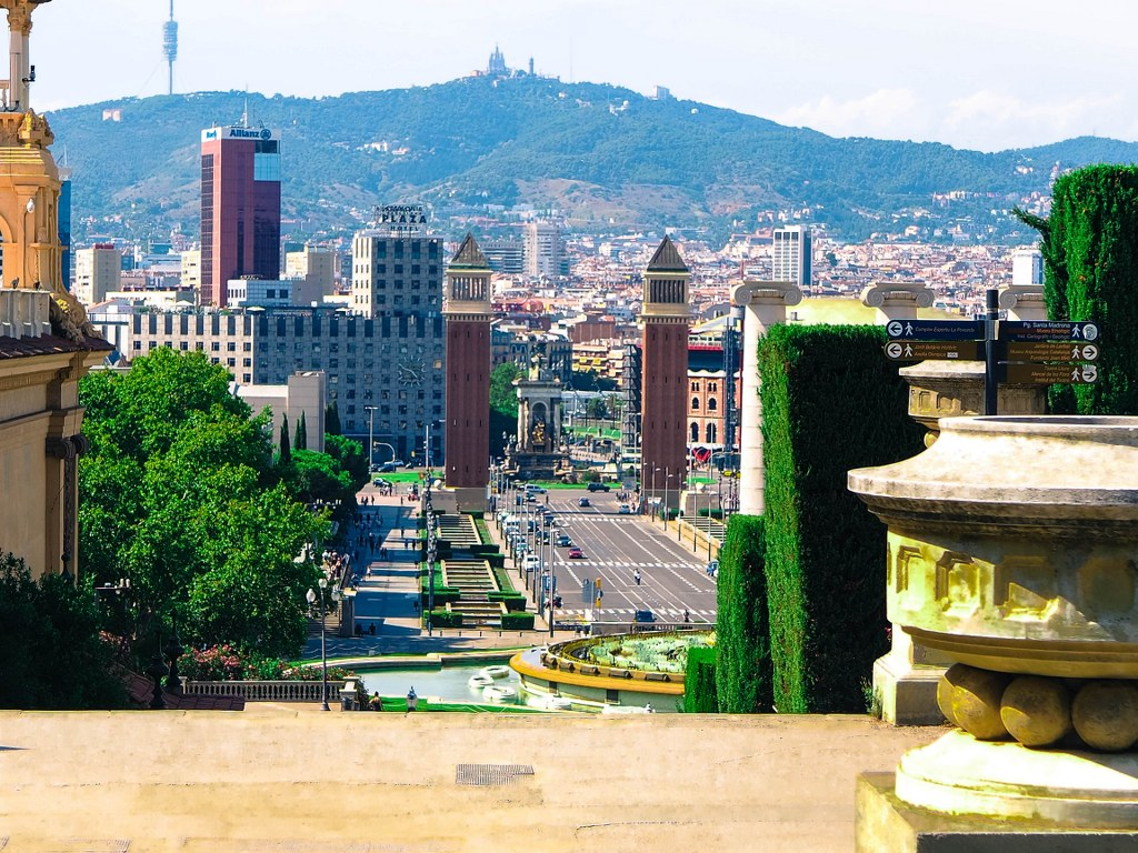panorama_view_of_the_capital_of_catalona