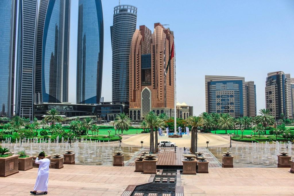 skyscrapers_in_abu_dhabi