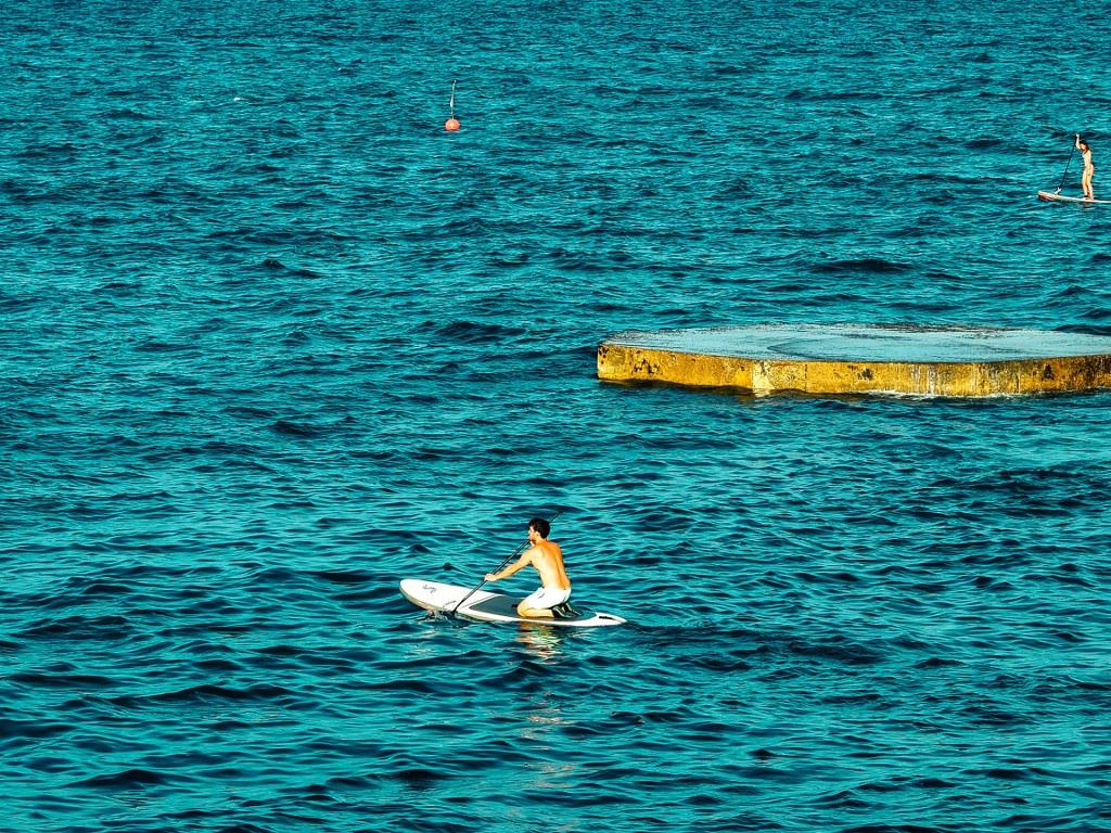 sport_activities_in_barcelona_harbour