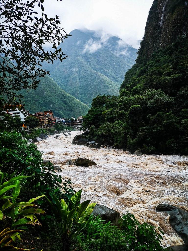 wild_river_in_aquas_calientes