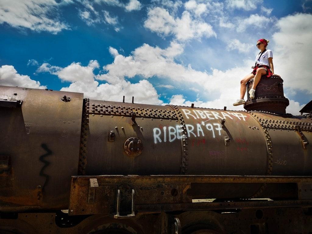 old-train-in-boliwia