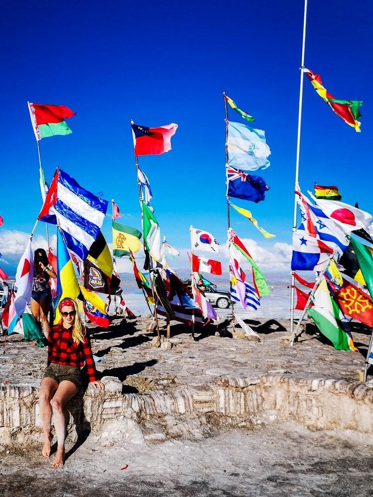 world-flags-waving-on-wind