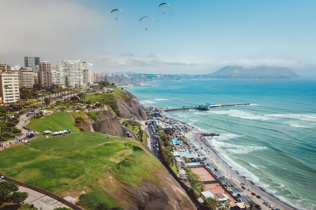 coast side of lima with an ocean view